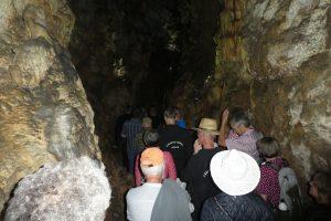 Höhlenhorns: Besichtigung der Schertelshöhle. Foto: Glaubke